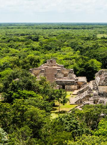 https://yucatan.travel/wp-content/uploads/2019/12/2.-Ek-Balam-360x487.jpg