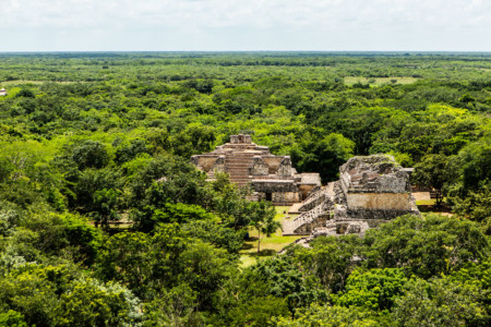 https://yucatan.travel/wp-content/uploads/2019/12/Ek-Balam-Capital-Mundo-Maya-Yucatán-Regiones-450x300.jpg