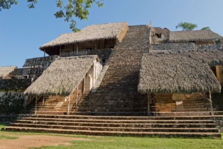 https://yucatan.travel/wp-content/uploads/2019/12/Ek_balam_-_09-450x300.jpg