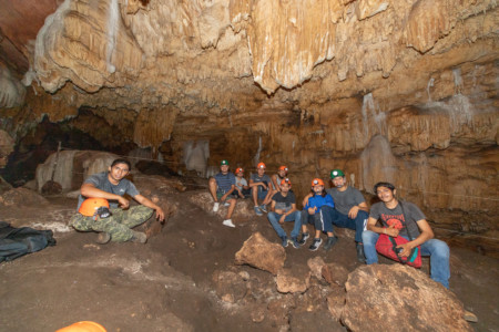 https://yucatan.travel/wp-content/uploads/2019/12/GRUTAS-CHOCANTES-17-450x300.jpg