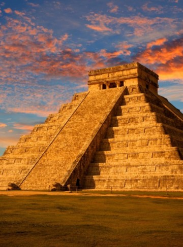 https://yucatan.travel/wp-content/uploads/2019/12/Mayas-360x487.jpg