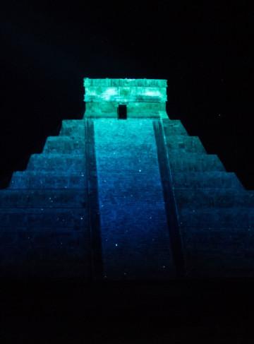 https://yucatan.travel/wp-content/uploads/2019/12/Noches-de-Kukulkán-Chichen-Itza-Capital-Mundo-Maya-Yucatán-Regiones-360x487.jpg