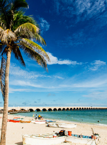 https://yucatan.travel/wp-content/uploads/2019/12/Progreso-Playa-360x487.jpg