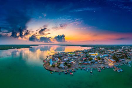 https://yucatan.travel/wp-content/uploads/2019/12/Rio-Lagartos-16YUCATAN-1-scaled-450x300.jpg