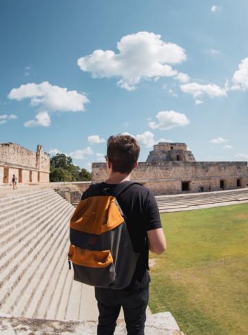 https://yucatan.travel/wp-content/uploads/2019/12/Uxmal-Cuadrágunlo-de-las-monjas-scaled-360x487.jpg