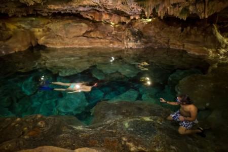 https://yucatan.travel/wp-content/uploads/2019/12/cenote-18-scaled-450x300.jpg