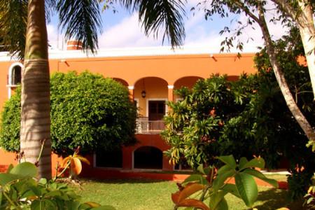 https://yucatan.travel/wp-content/uploads/2020/03/Hacienda-Sotuta-de-Peón--450x300.jpg