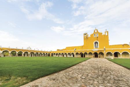 https://yucatan.travel/wp-content/uploads/2020/03/Izamal-Yucatan-Xixamal-0017-450x300.jpg