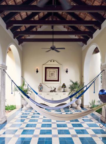 https://yucatan.travel/wp-content/uploads/2020/05/20170727-180510-casa-lecanda-0192-360x487.jpg