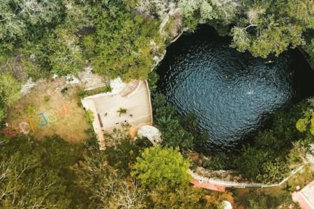https://yucatan.travel/wp-content/uploads/2020/10/CenoteXcajum-Aerea-450x300.jpeg